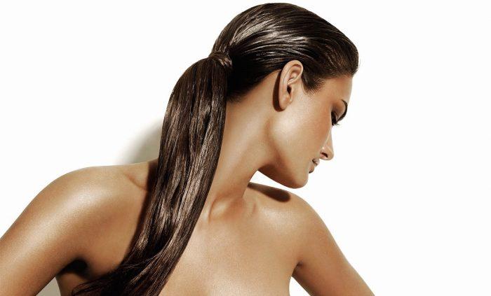 Optymalne nawilżanie włosów. Co to jest punkt rosy?